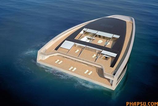 why_yacht_06.jpg