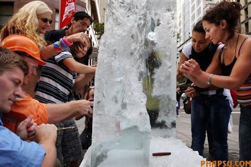 frozen_money_640_01.jpg
