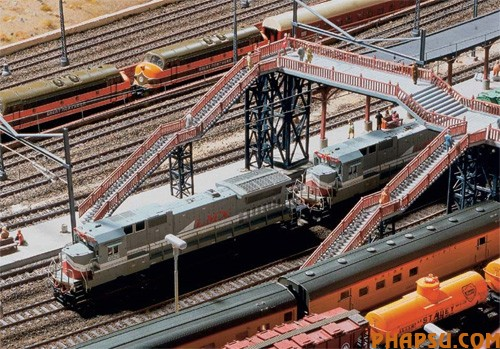model-train-set-us03.jpg