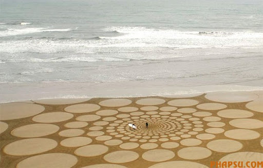 circles-beach-art.jpg