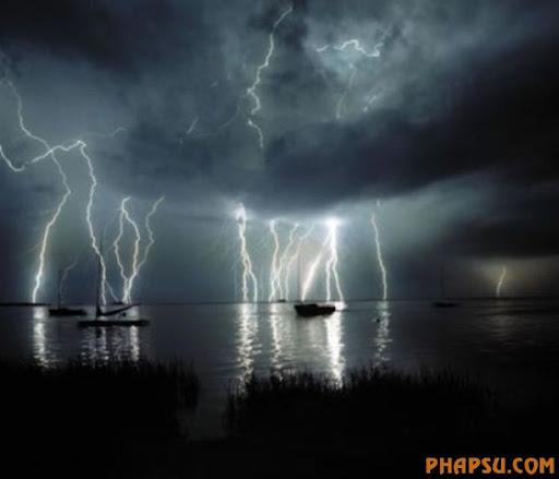 impressive_lightnings_640_24.jpg