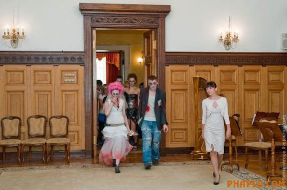 zombie_wedding_640_24.jpg