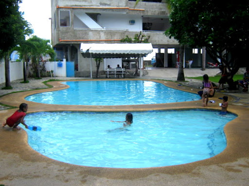 Rafols Resort O O