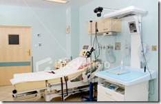 istockphoto_2191899-hospital-interior-delivery-room