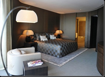 armani-hotel11