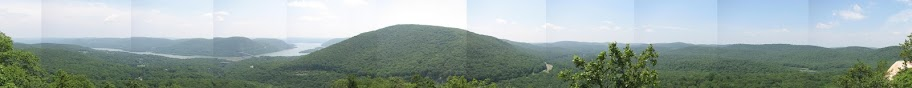 Panoramic view from Popolopen Torne