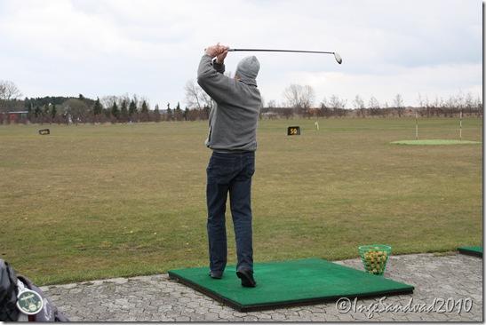 Hasse øver golf 003