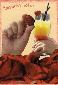 Hands_and_Strawberries_081115.jpg