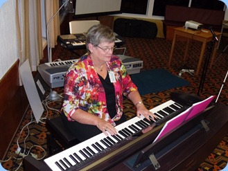 Barbara McNab dazzled us with her great styles and arrangements on the Clavinova