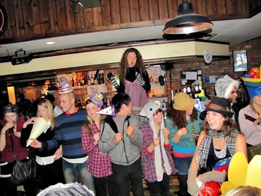 Life in Jeju 37 Mad Hatter Party กับการรวบรวมเงินช่วยน้องๆที่อินเดีย