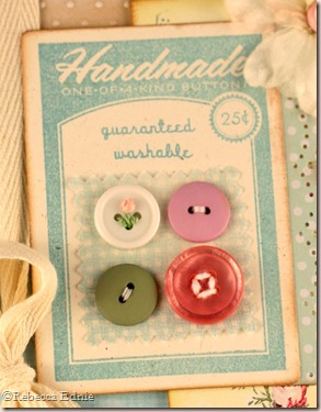 button btq easel card closeup