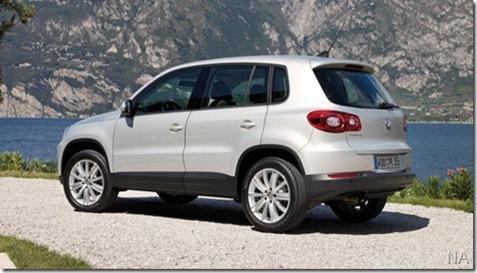 Volkswagen-Tiguan_2008_800x600_wallpaper_56_thumb[11]