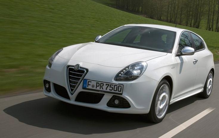 [Alfa_Romeo-Giulietta_2011_800x600_wallpaper_21[3].jpg]