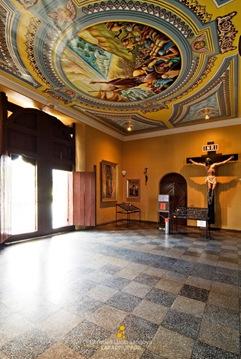 Jaro Cathedral's Impressive Vestibule