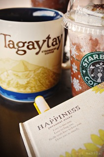 Coffee. Mugs and Stories at Starbucks Tagaytay
