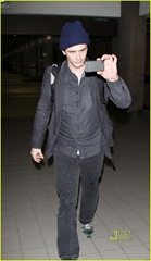 james-franco-lax-airport-03
