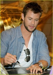 chris-hemsworth-thor-comic-con-06