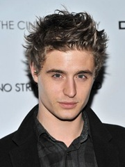 max-irons-red-riding-hood-2011