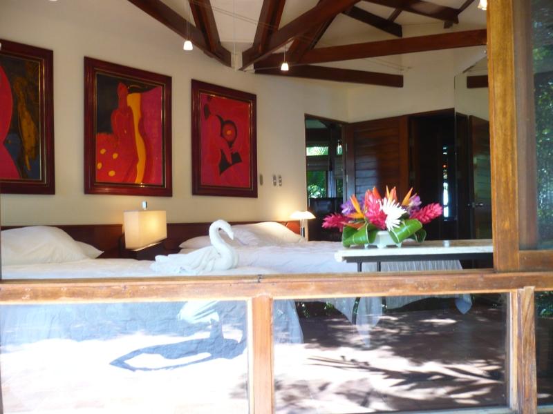 Spotlight Costa Rica   Villa Mot Mot, Tulemar Gardens   Manuel Antonio