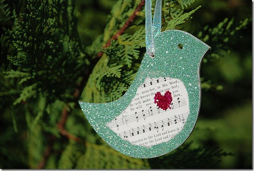 recycled-bird-ornament