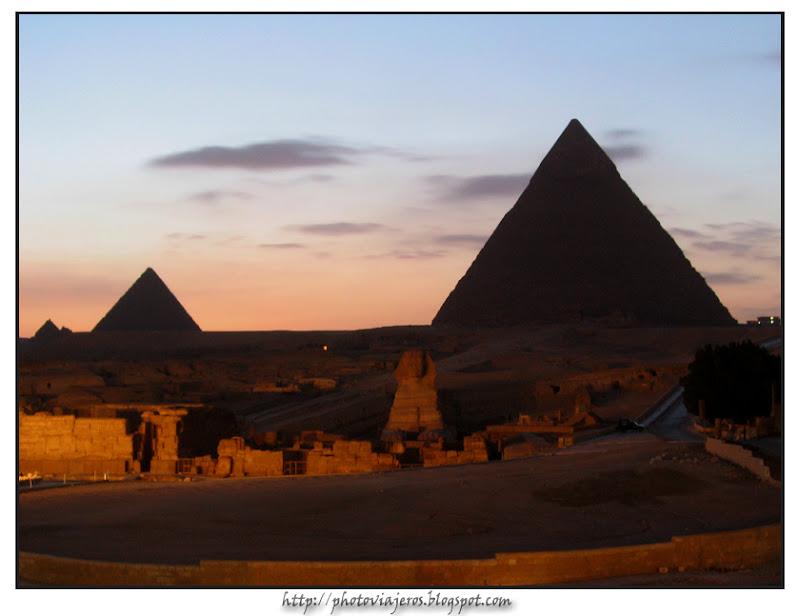 Atardecer en las Piramides