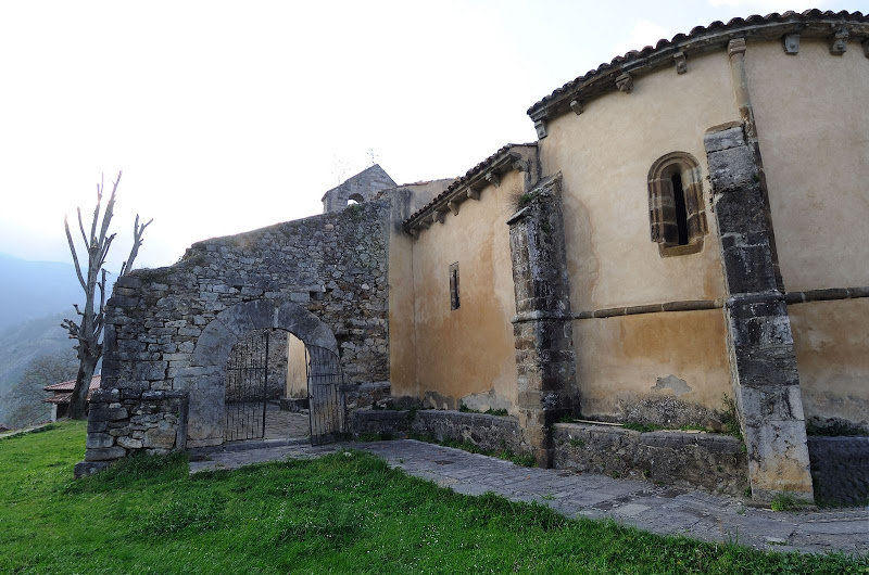 Iglesia de San Juan de Riomiera