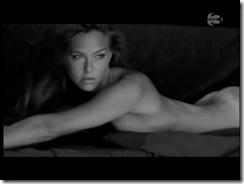 bar-refaeli-nude-video-03
