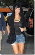 Rihanna piercing mamilo