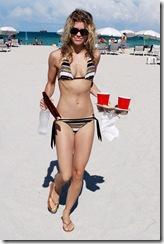 AnnaLynne McCord nipple slip 2