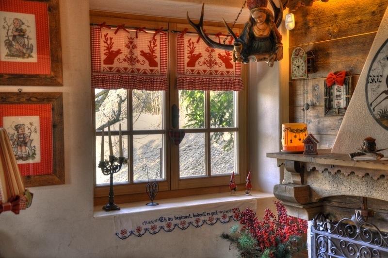 Squarciomomo la casa delle favole di montagna - Tende casa montagna ...