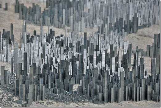 Ephemicropolis arte com grampos by Peter Root (1)