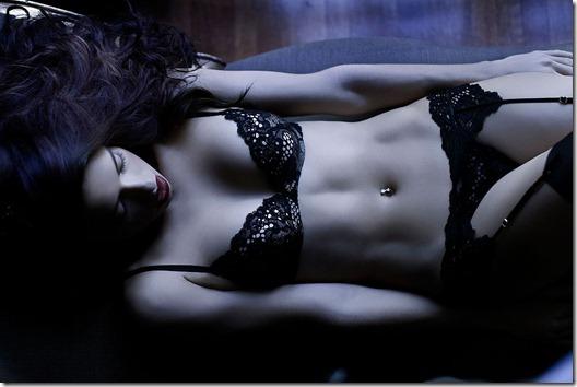 Adriana Lima de Langerie  Photoshoot Victoria Secrets (20)