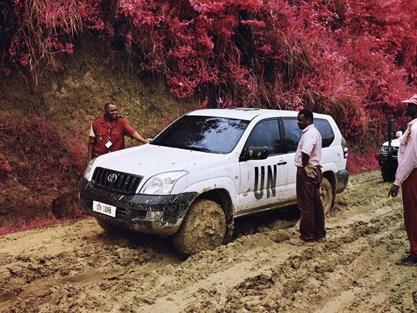 Infrared-Photography-by-Richard-Mosse-9