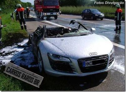 Audi R8 Fail (1)[1]