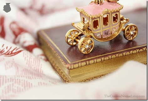 cute,things,objet,book,carriage,fairy,tale,story-c771faa4b76dcc75662d45b4b87ec78f_h_large