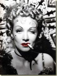 Dietrich,-Marlene-(Destry-Rides-Again)_03