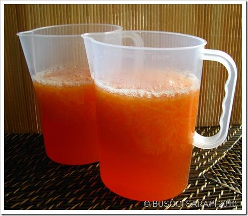 Prep melon drink in jugs© BUSOG! SARAP! 2010