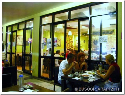 MARU AL FRESCO DINING© BUSOG! SARAP! 2011