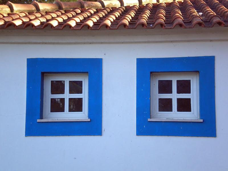 Azul, Janelas