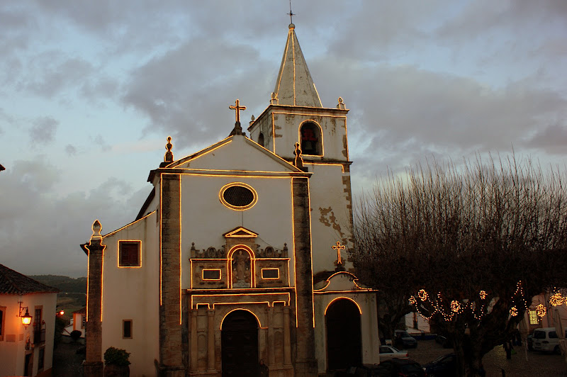 A igreja iluminada