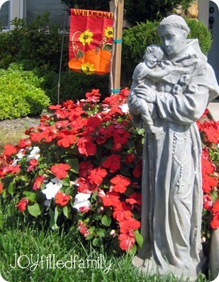 st francis front yard