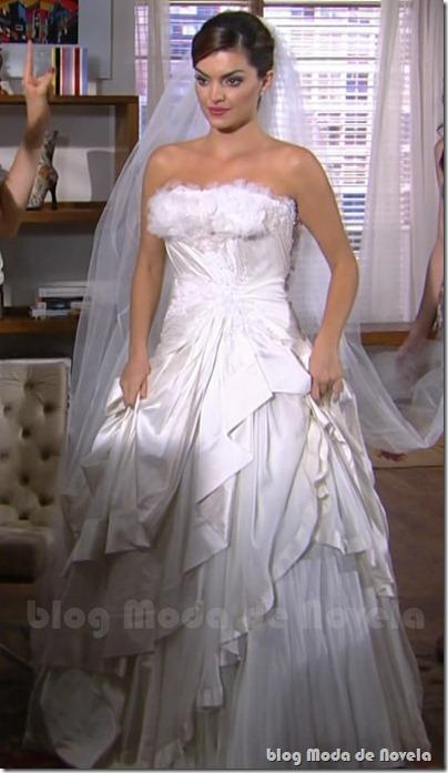 moda da novela tititi - vestido casamento desirée capítulo 03fev11 a