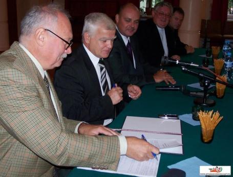Podpisanie listu intencyjnego w sprawie prac nad powołaniem uczelni