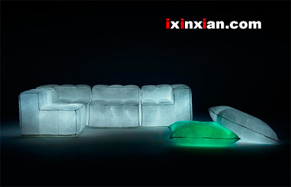夜间发光的沙发-爱新鲜