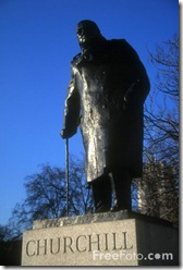 31_18_52---Winston-Churchill-Statue--London--England_web