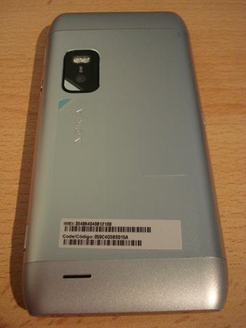 [Nokia_E7 (2)[3].jpg]