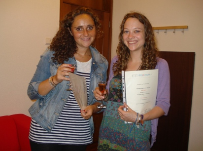 Students end their Portuguese Course and get an attendance certificate