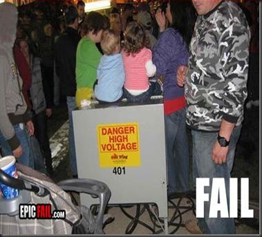 parenting_fail_danger_high_voltage1_FAILZ_22-s533x365-109053