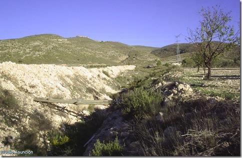 Rambla donde se encuentra la cueva