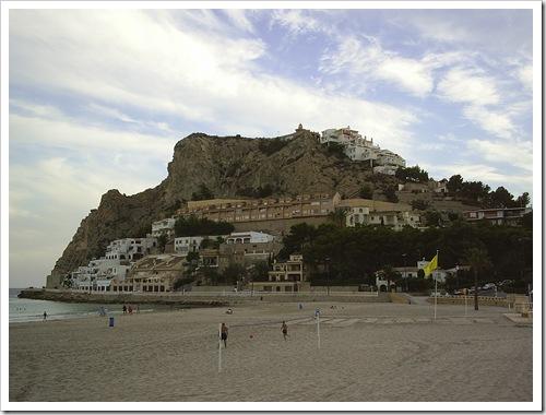 Tossal de la Cala desde la playa de Poniente
